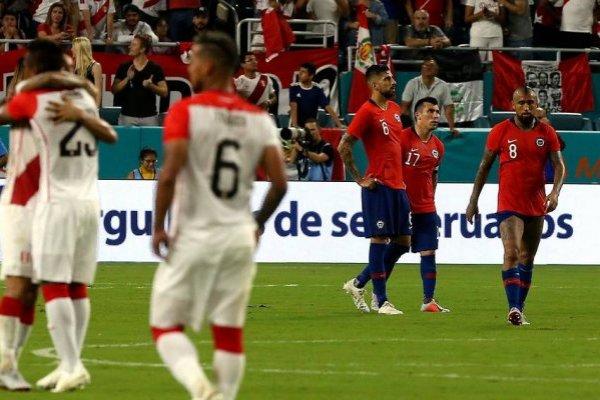 Arturo Vidal reconoció que Perú superó a Chile en todos los aspectos en el amistoso jugado en Miami / Foto: Agencia UNO
