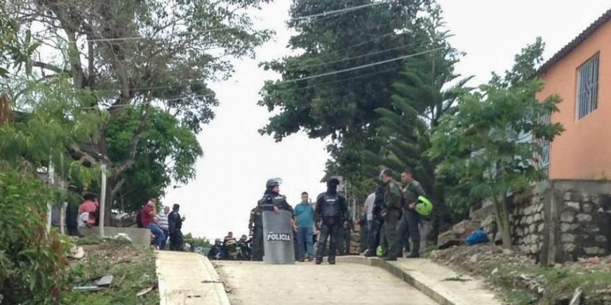 Balacera entre policía y sospechosos dejó un saldo de cinco muertos en Barranquilla