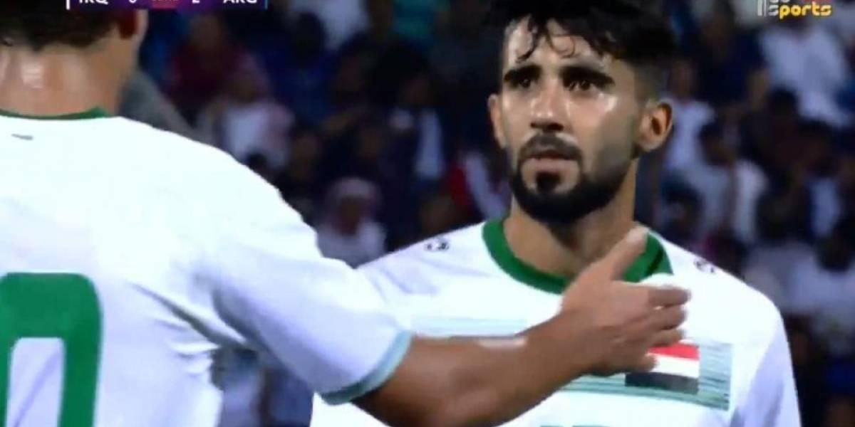 Futbolista iraquí se entera de la muerte de su madre en pleno partido