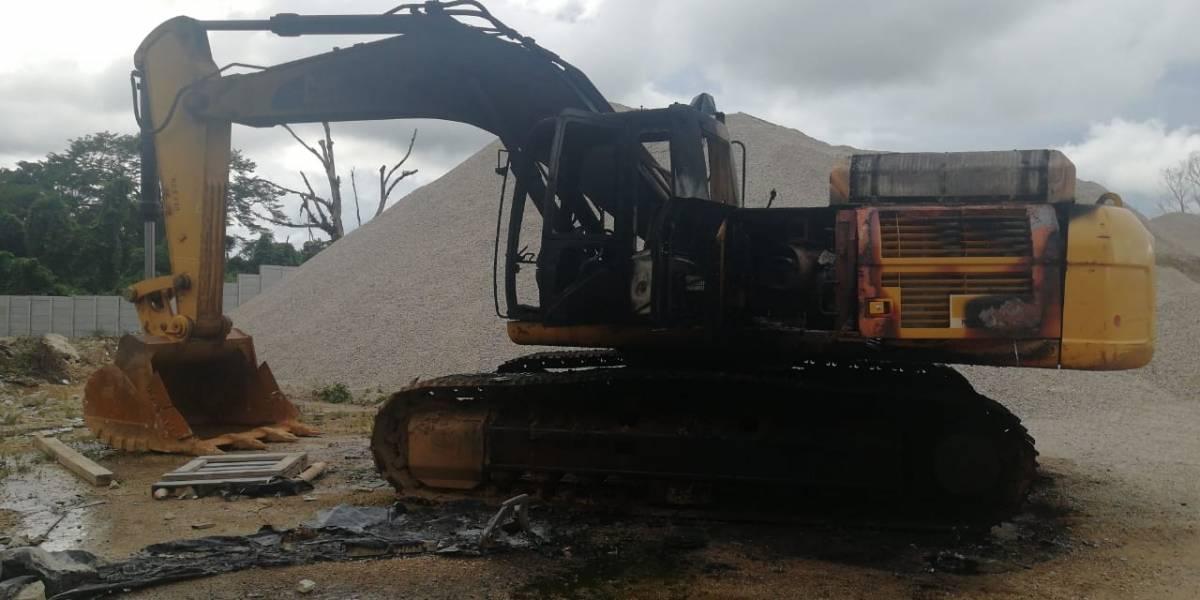 Ataque a hidroeléctrica deja un muerto y maquinaria incendiada