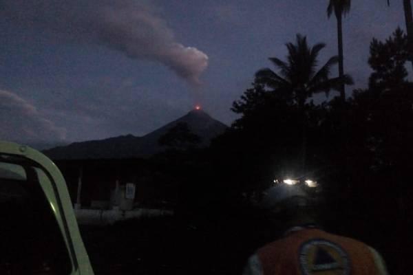tercera erupción del volcán de Fuego 2018