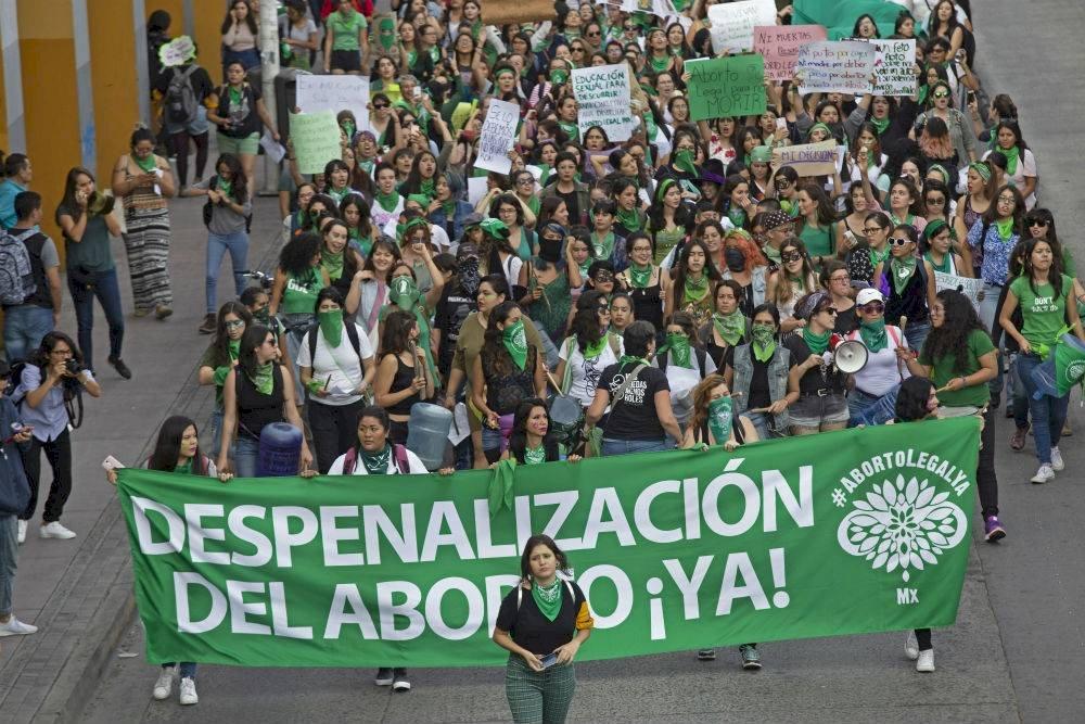 Las bancadas de Morena, PT y diputados independientes votaron a favor de las despenalización Foto: Cuartoscuro