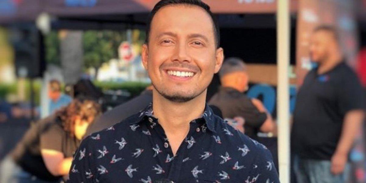 Presentador de TV revela en vivo que es homosexual