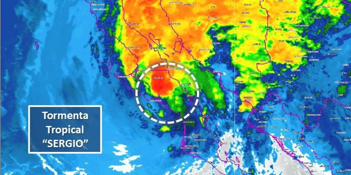 Tormenta tropical Sergio golpea en Baja California Sur