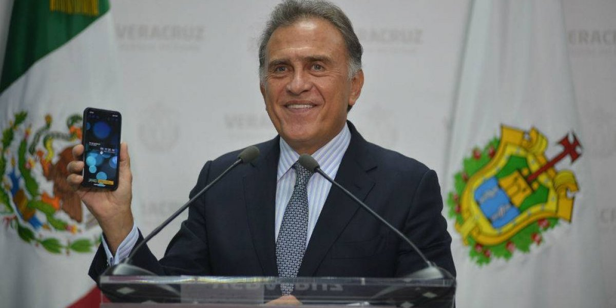 #Política Confidencial Yunes le echa la culpa a Duarte para no pagar aguinaldos