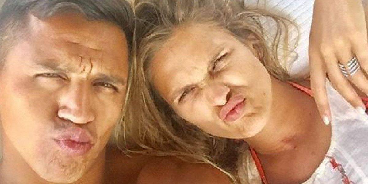"""""""Yo no me doy por vencido"""": Alexis Sánchez le habría pedido matrimonio a Mayte Rodríguez pero fue rechazado"""