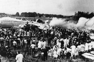 Como desobedeci comissário de bordo e me tornei o único passageiro a sobreviver a desastre de avião