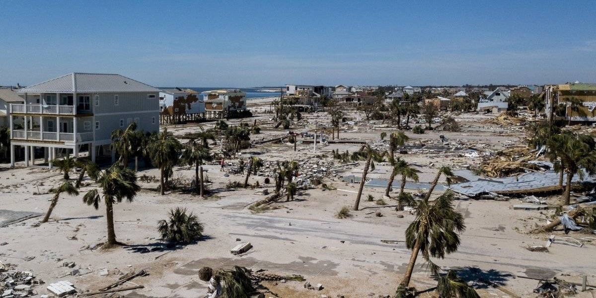 Suman 14 los muertos por huracán Michael en Estados Unidos