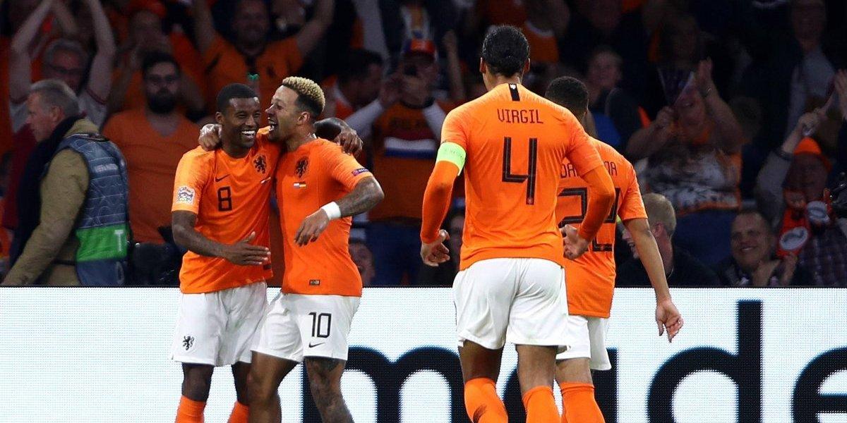 Alemania se achica frente a Holanda y cae por goleada