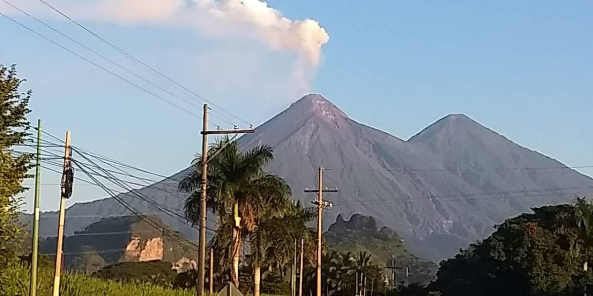 Se reporta disminución en la actividad del volcán de Fuego