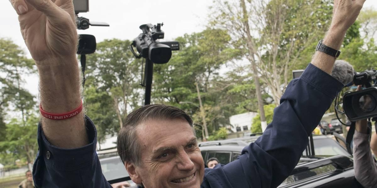 """""""Vuelta de chaqueta"""": el video con el que Bolsonaro se quiere presentar como amigo de la población homosexual"""