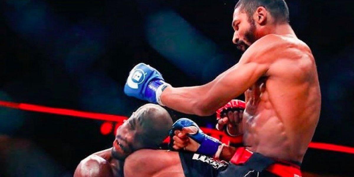 VIDEO: Con brutal rodillazo en la mandíbula noquea a su rival en MMA