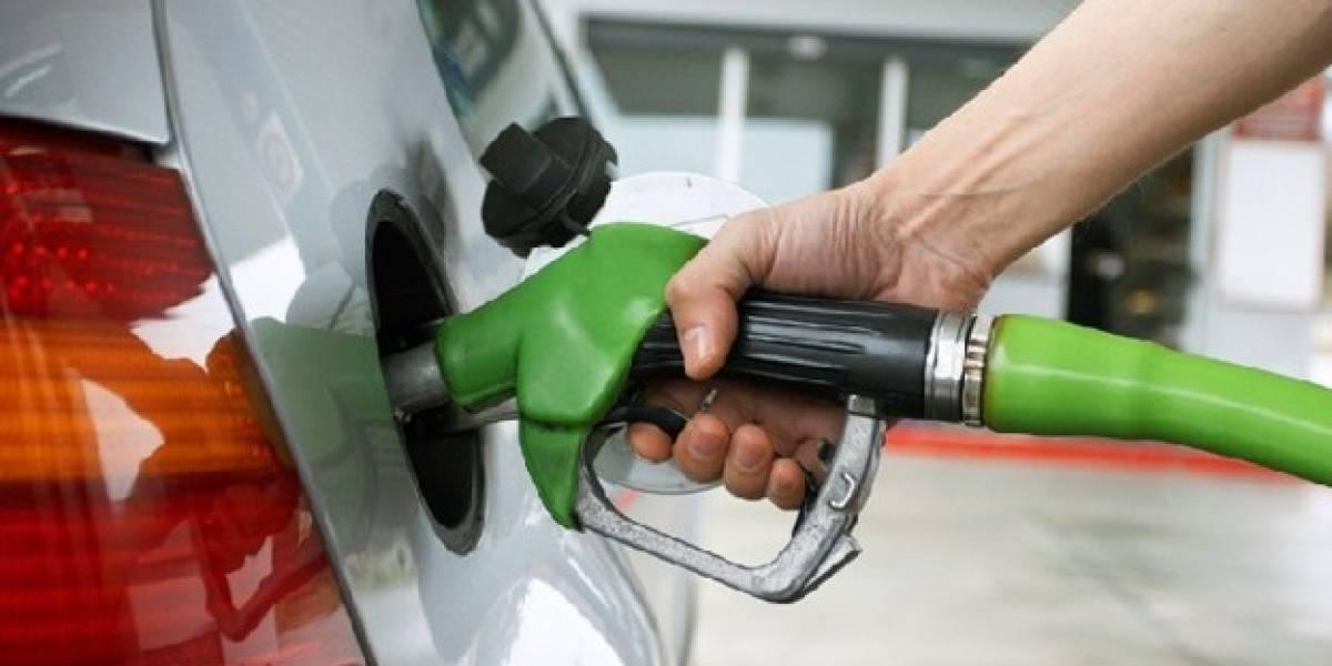 Alza en combustibles pone en jaque al gobierno en octubre