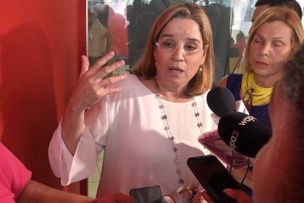 Carmen Yulín Cruz, alcaldesa de San Juan, pide apoyar a Héctor Ferrer hasta que recupere su salud. Ronald Ávila Claudio