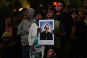 Canonizan al arzobispo salvadoreño Óscar Romero