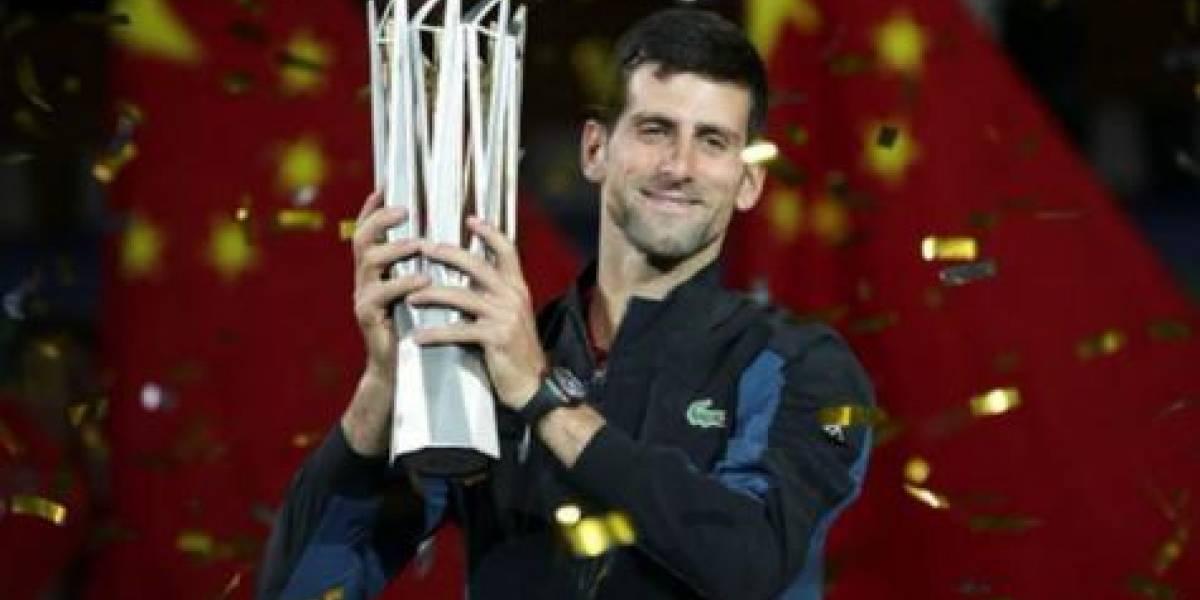 Novak Djokovic ganó en Shanghai y va por el N°1 del ranking de ATP