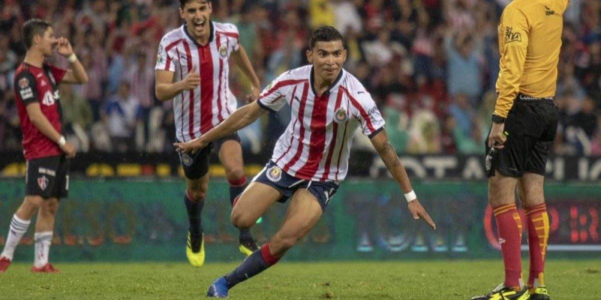 Orbelín Pineda está muy cerca de volver con Chivas