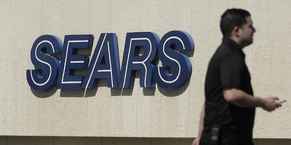 Juez acepta plan que conservará más de 45,000 empleos de Sears