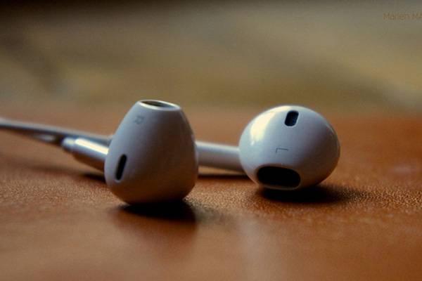 appleaudifonos-f995ec949cff75a506c08cc2b9c63d2f.jpg