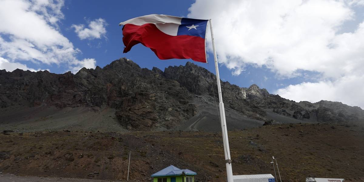 """¿Aló Haya?: Inventario oficial de glaciares argentino se """"apropia"""" de territorio chileno"""