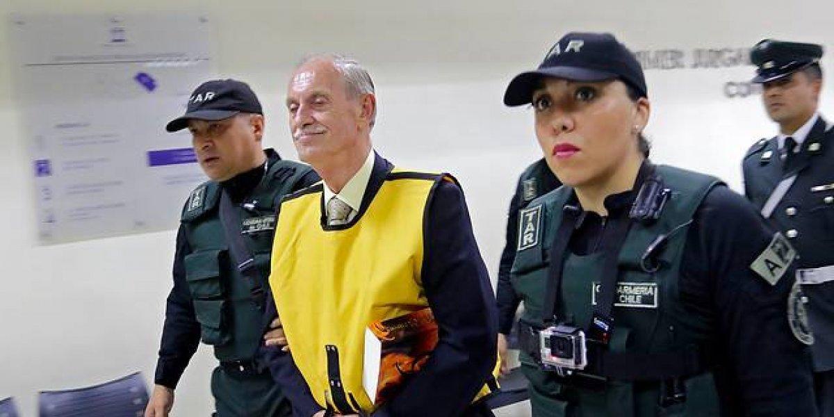 """Diputado Urrutia justifica homenaje a Krassnoff: """"Ministro Espina debe ser cauto y no tener miedo a la histeria de la izquierda que pide sanciones a un hijo por rendirle un homenaje a su padre"""""""