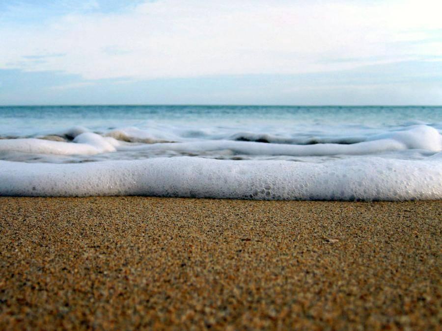beachfoam-6c006c1a32bf1a97727b152e31118bf1.jpg