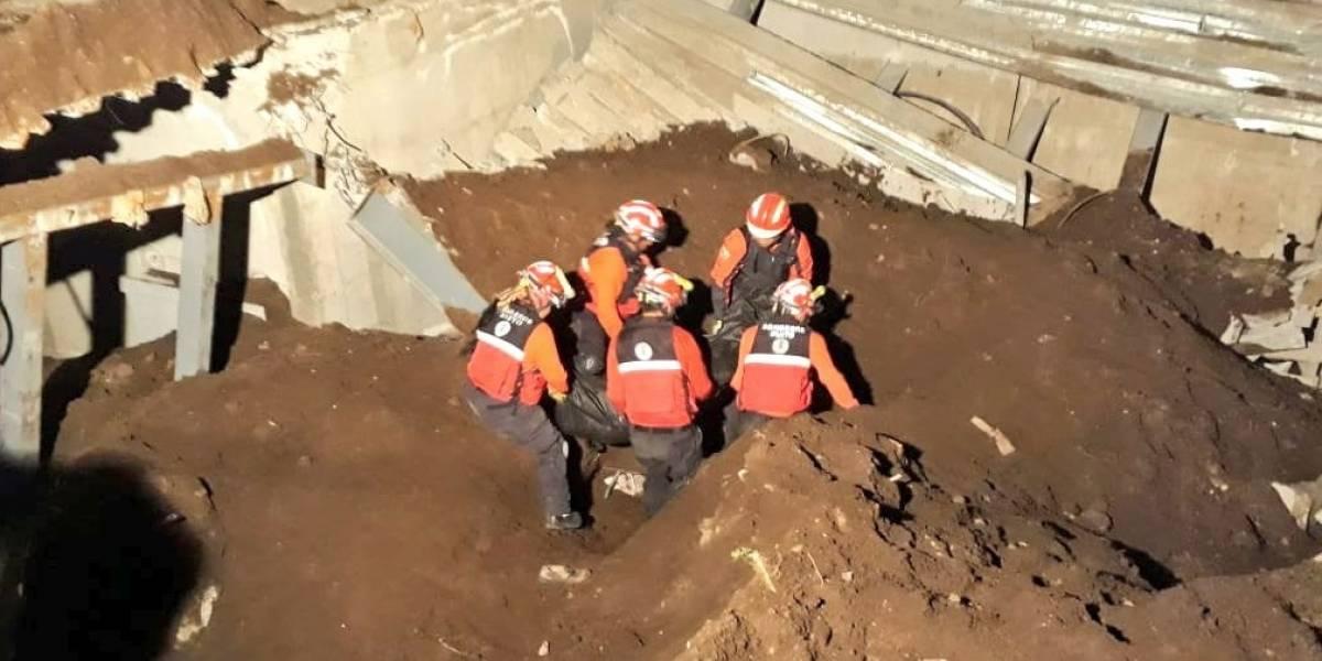Quito: Un fallecido tras colapso estructural ocurrido en el sector de Miravalle 1