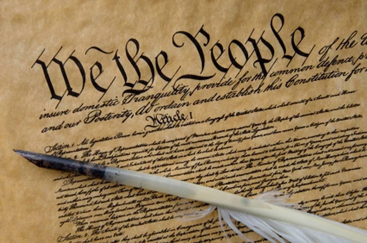 constitution2-dcf14fe71206173e75003a25a213749a.jpg