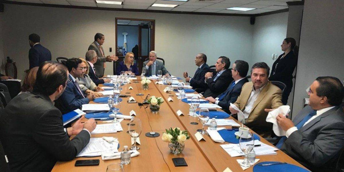 Aprueban permisos para instalar 21 empresas de Zonas Francas de Exportación