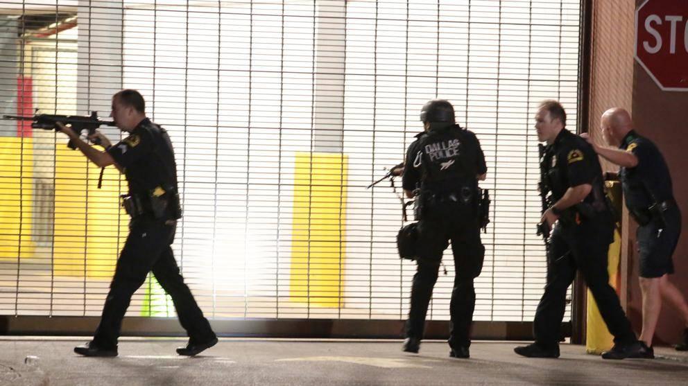 policeshootingsprotestsdallas05eda20160708070802kvghu403050527583wbc992x558lavanguardiaweb-fb8526a14a3c74d4b094dcbc183d6af4.jpg