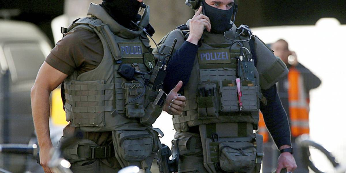 Policía alemana evacuó estación de tren por toma de rehenes