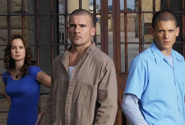 prisonbreakjumpsuit-166f6c842f297a24e00931e271a06348.jpg