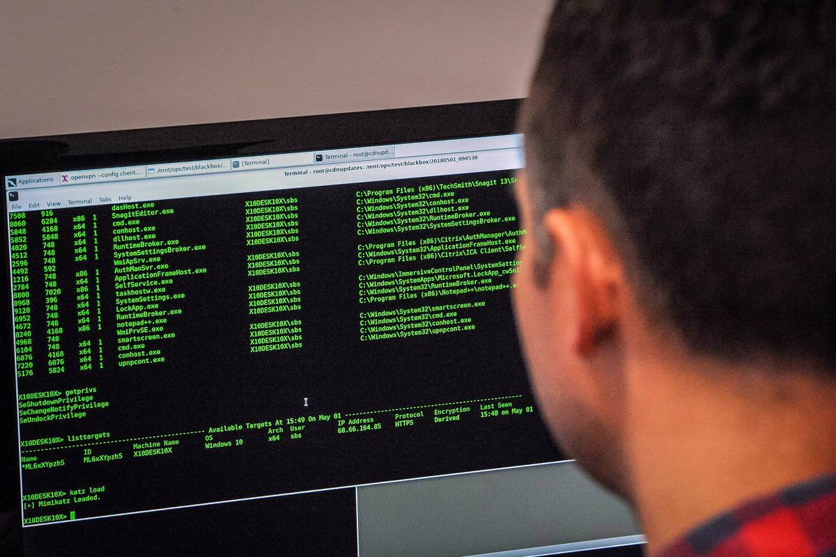 Un hacker ha aprovechado una vulnerabilidad de seguridad masiva para proteger los computadores de miles de personas