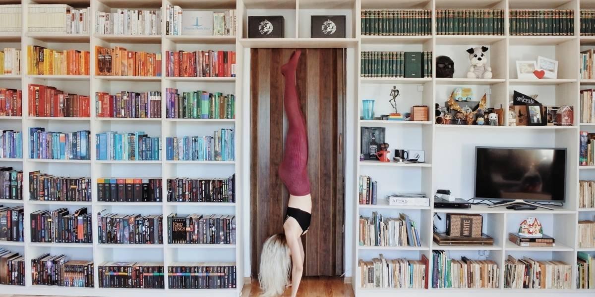 Elizabeth Sagan, la Bookstagrammer que comparte su amor por la literatura en las redes sociales