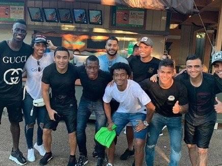 1. Jugadores de Colombia en Busch Gardens