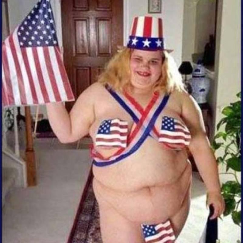 fatgirlpatrioticbikinimeanwhileinamerica-9e5d973daae9cb402286f2428816bf92.jpg