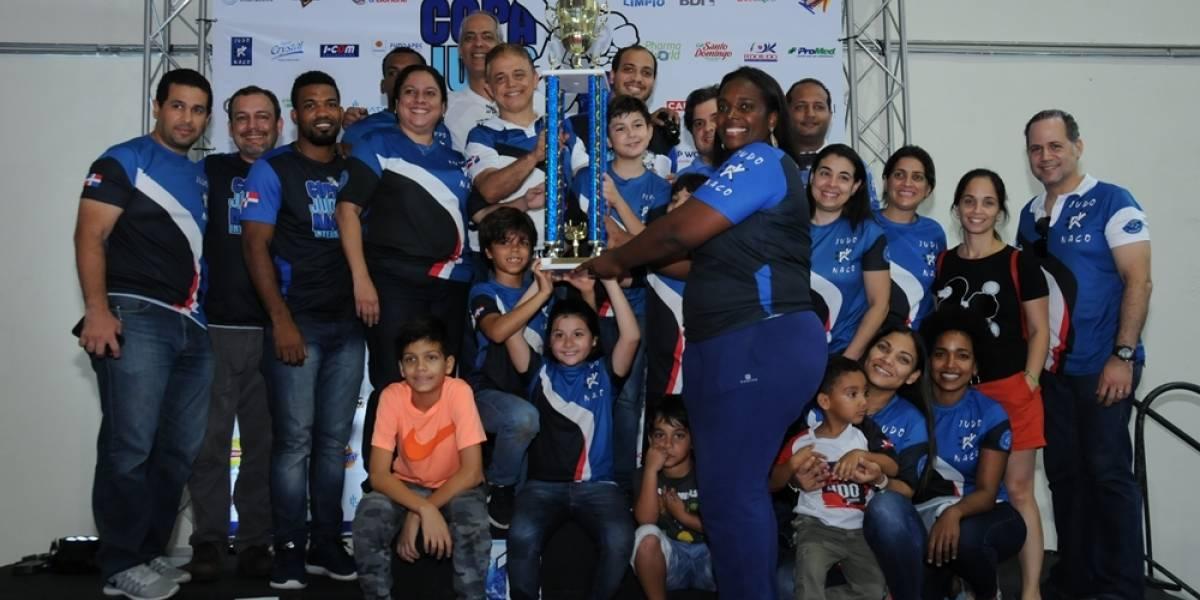 Club Naco consigue 35 medallas en oro en la Copa internacional