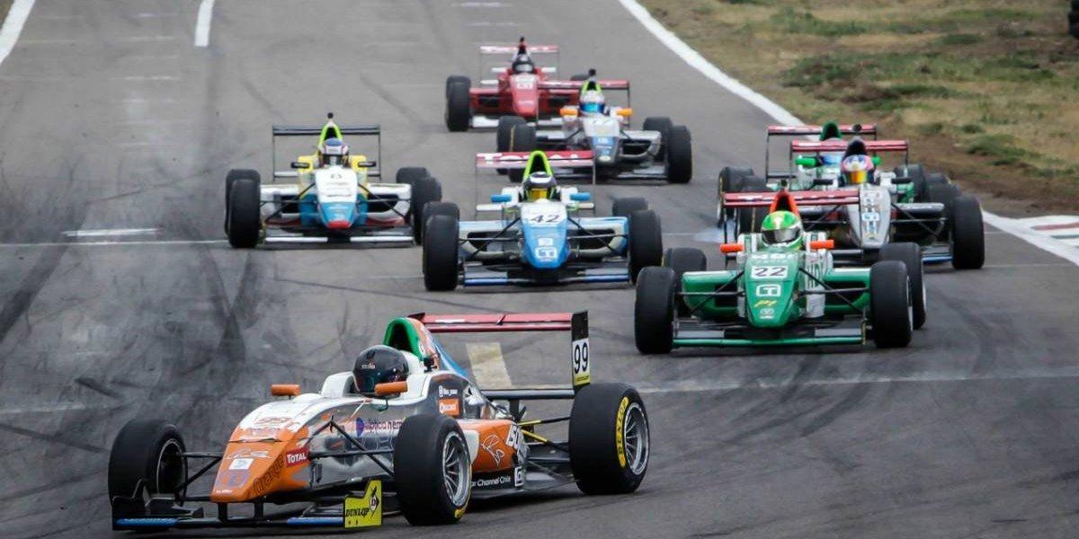 Martín Scuncio es el primer campeón de la Fórmula Total