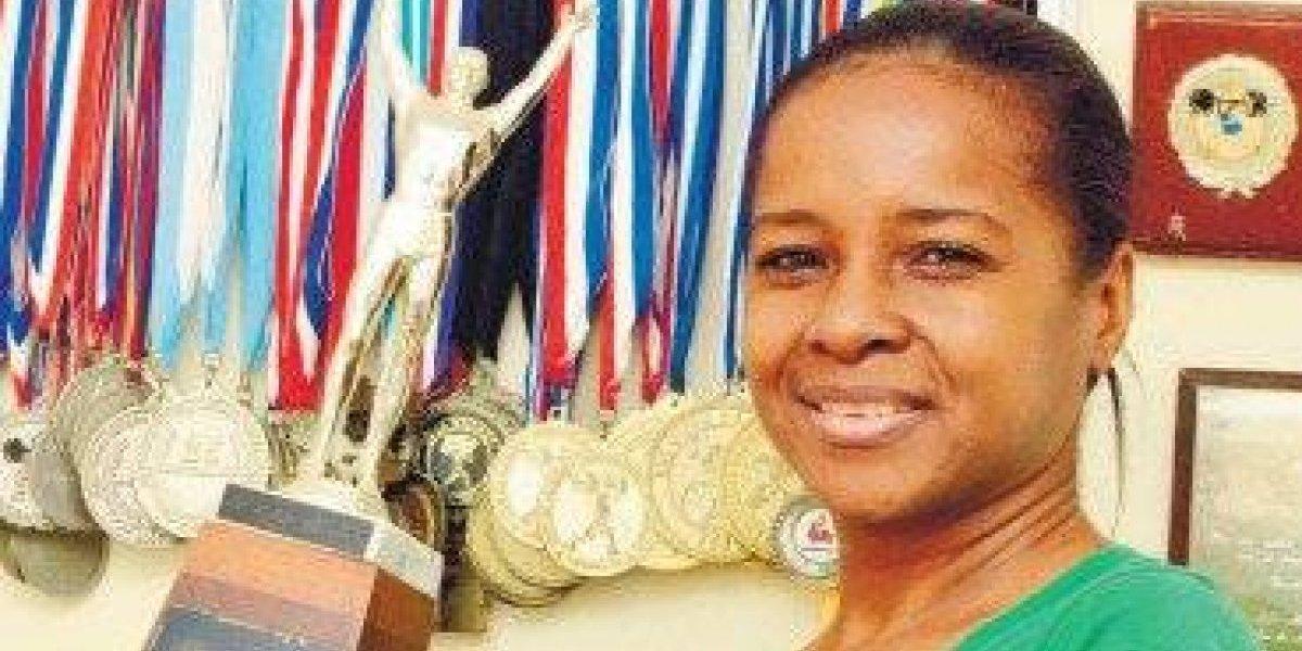 Guillermina Candelario a la inmortalidad del Deporte Dominicano