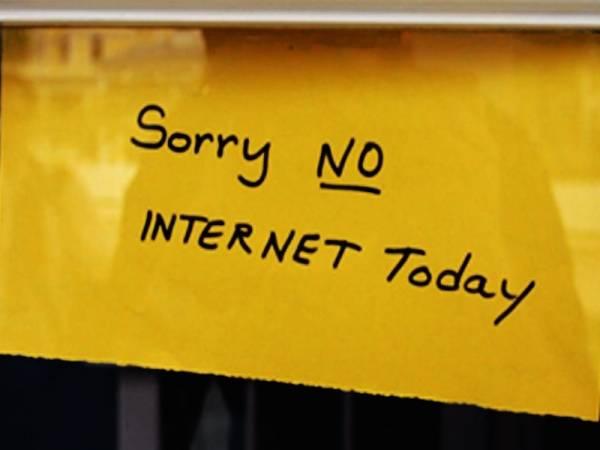 internetdown-9b052cad79b7437a96ebf1e30d1df4f0.jpg