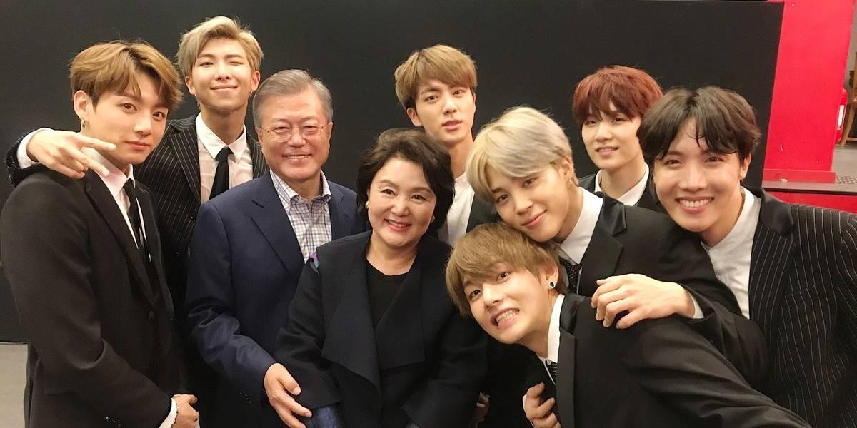 K-pop: Grupo BTS se encontra com o presidente sul-coreano Moon Jae In