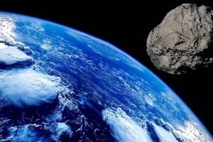 Cae meteorito en edificio de Japón