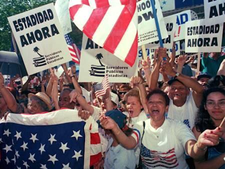 puertoricansdemandstatehoodspanish-43ec85789db1e69a18397033e38d917c.jpg