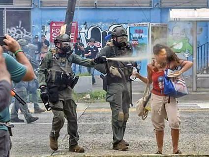 puertoricoteacherspepperspray-6d59a6ef60f37c9511662b127aca101b.jpg