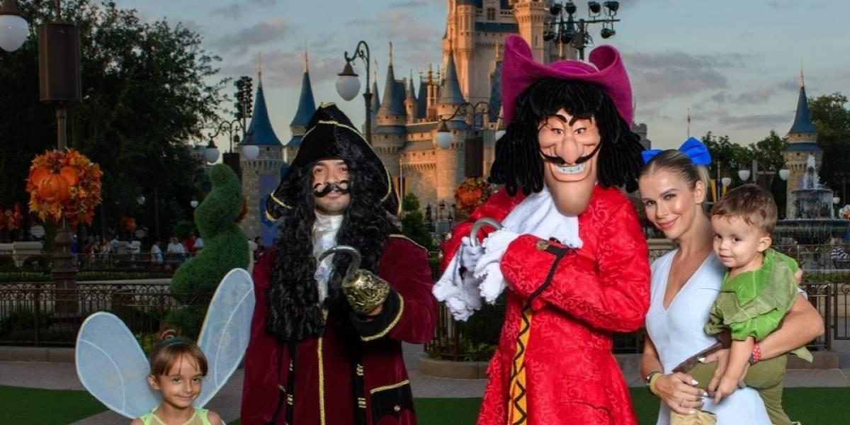 Fonsi adelanta Halloween en Disney