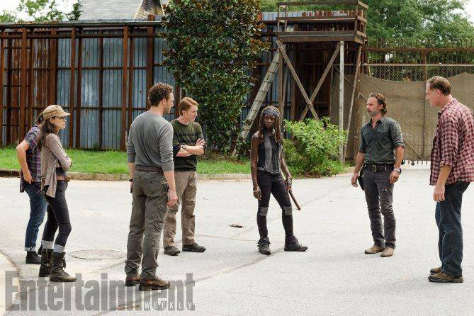 walkingdeadsegundamitadtemporada-b5b8042479f0c5df4e89d3c2186111b6.jpg
