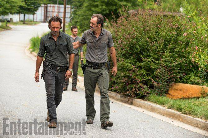 walkingdeadsegundamitadtemporada0-6ef2c14ddd0f831243bc16b271647123.jpg