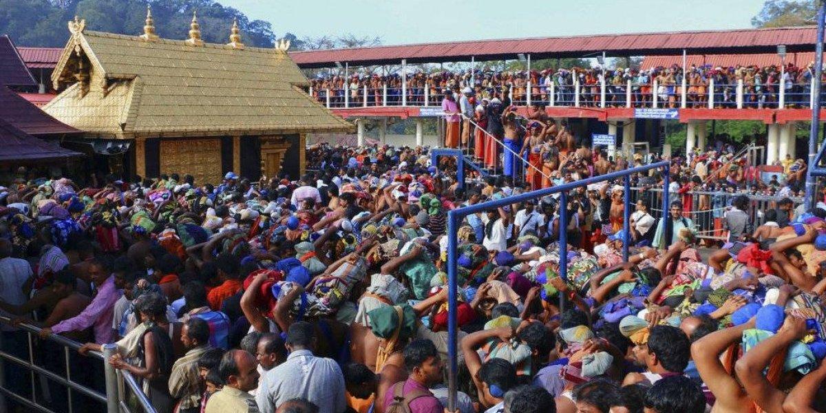 Templo indio abre puertas a mujeres en edad de menstruar
