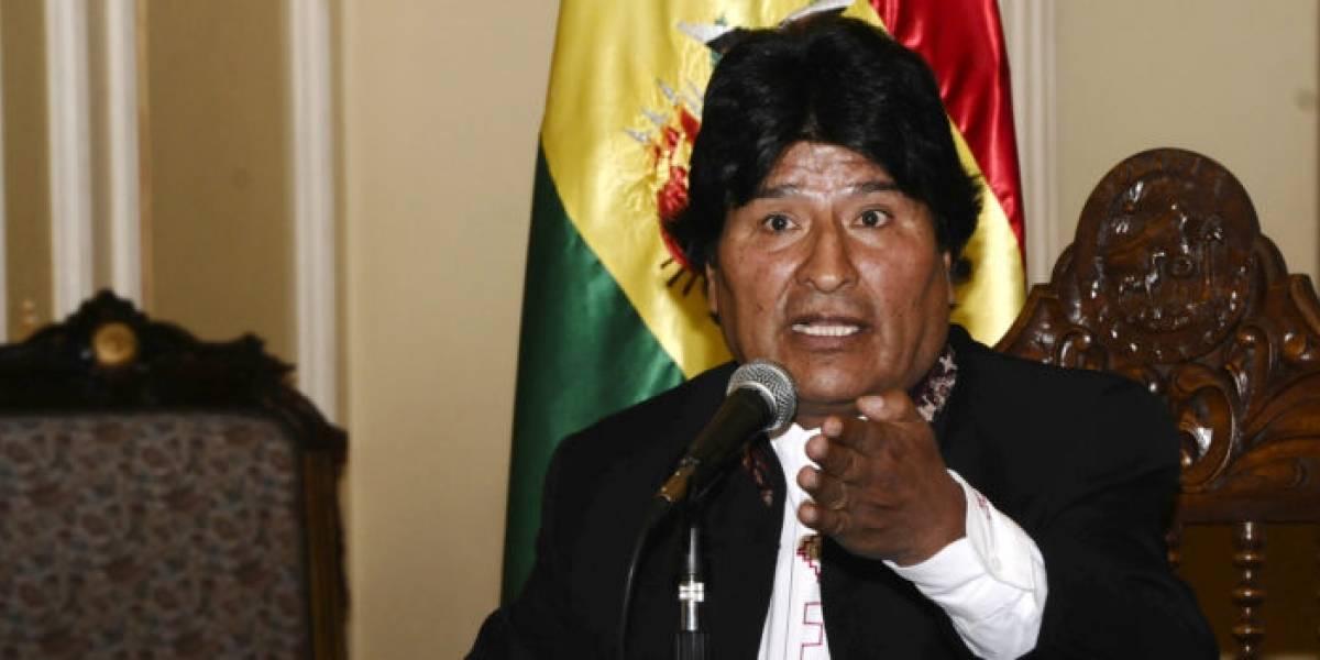 Evo Morales viaja a Argentina para un encuentro con la comunidad boliviana