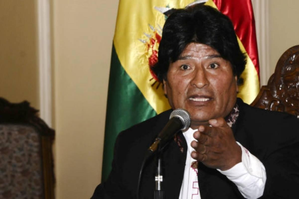 Evo sufre nuevo golpe tras fallo de La Haya: Morales vive bochorno diplomático tras ser plantado por presidente peruano
